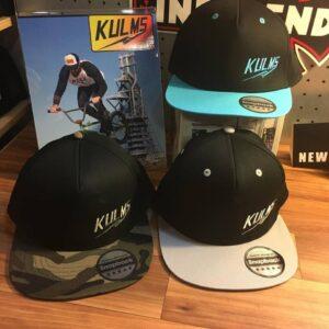 Las nuevas gorras están disponibles en la tienda de Urban Klan en Valencia